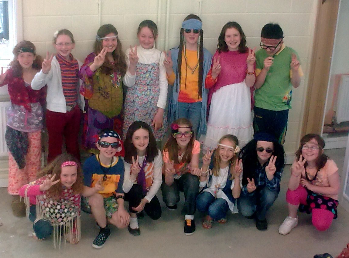 Hippie Day School http://smallschoolbigworld.wordpress.com/2011/04/15/happy-hippy-days/